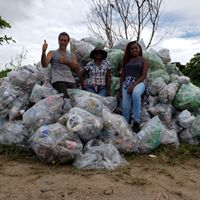 Battling the plastic scourge: 2,000 bags collected in La Brea